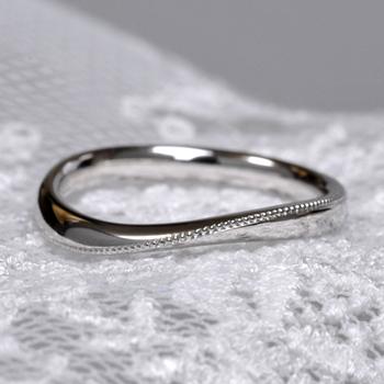【特別価格】結婚指輪ペア  MpS1YS 丁寧にミル打ちを施した緩いカーブの高級な指輪