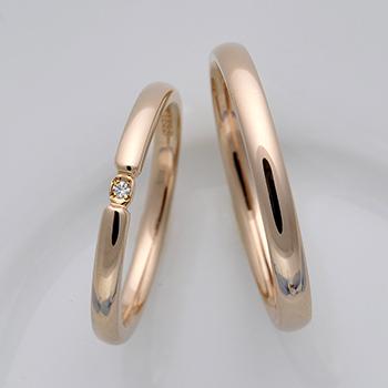 【ブライダル3点セット】 シンプルデザインのPtダイア婚約指輪とK18PG結婚指輪 Bs2X73Bps20FF1Pt-DS0833PG