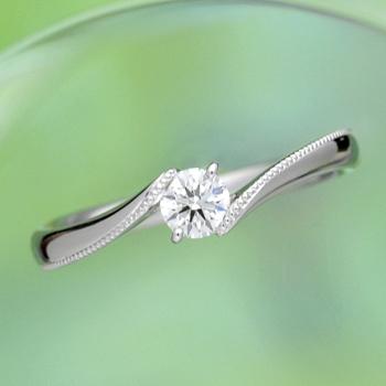 婚約指輪  ES1SRYW-25F ミル打ちがきれいで着け心地抜群の指輪。低い作りで普段使いもOK。