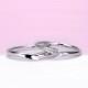 【Harmony】直線と緩やかなV字が融合した絶妙なデザインの結婚指輪 プラチナ MpHaP04LnM