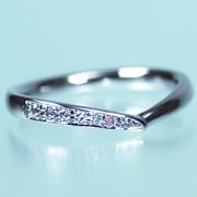 結婚指輪ペア【 最高の着け心地 】女性用は天然ピンクダイヤとH&Cカットのダイヤだけで作った【 引っ掛かりのない 】高級な指輪、MpS102ph
