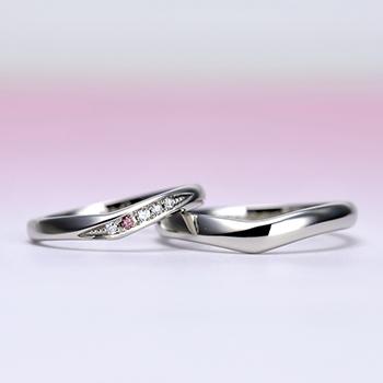 ブライダル3点セット【 可愛いお花のデザイン 】 天然ピンクダイヤとH&Cメレダイヤモンドで作った高品質リング BsJTR23ph-NJ15LDphM-20DE1-Pt