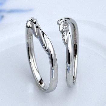結婚指輪  柔らかな優しい風をイメージしたデザイン 翼のようなデザインが個性的 | ノナカジュエリー