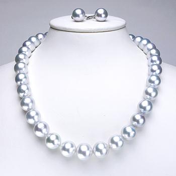 白蝶真珠ネックレス,イヤリングセット11.9〜14.0mm ボリューム感があり ブルー系の色照りがキレイ!