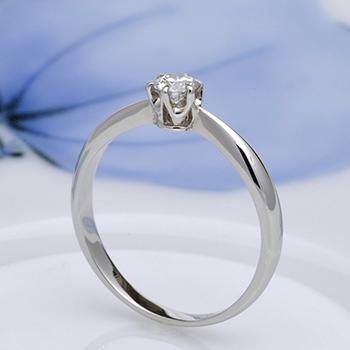 婚約指輪  人気のシンプルなプラチナ製ダイヤモンドリング  EZX02-15GH6