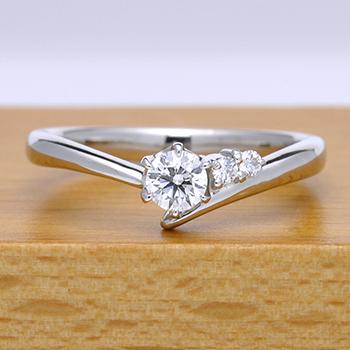 婚約指輪  EG22M75-h-20F1  シャープなデザインで指がスマートに、メレーダイアもH&Cの高級な指輪