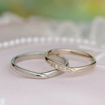 【月華 Gekka】結婚指輪 緩やかなV字デザインで指がスマートに! 女性の指輪はピンクゴールド MpKK01-PGPt
