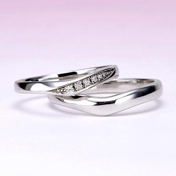 結婚指輪ペア  Pt  レディースは引っ掛かりの少ない精巧な作りの高級な指輪, MpNJ15LnM