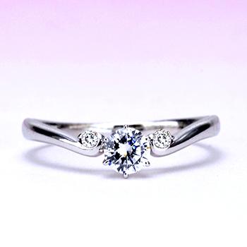 婚約指輪  Pt 緩やかなV字の優しいデザインの指輪  EG22X26n -28,G,SI1,G