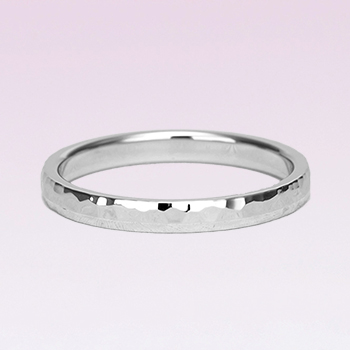 【Zeus ゼウス 】【鍛造】  驚異的な丈夫さとオシャレな雰囲気を併せ持った結婚指輪のペア  槌目仕上げ プラチナ(Pt.900)