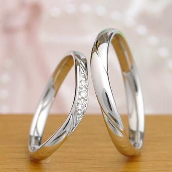結婚指輪ペア  MpO21KnO23(プラチナ) レディースは優しいカーブライン  メンズはストレートに近いしっかりした作り