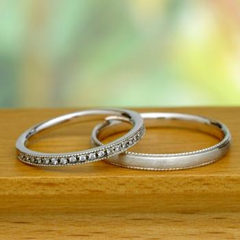 【永遠 Towa 】結婚指輪ペア   K18YGとPt.900  細めのミル打ちハーフエタニティリングとシンプルなリング MpHa10LM-YGPt