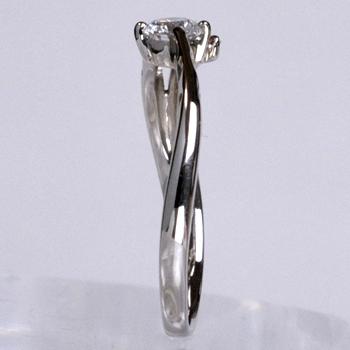 【可憐  Karen】高品質!婚約指輪 Pt 0.2ctD,VVS1,3EX,H&C ピンクダイヤとハートの透かし模様がかわいい  E2082p-20DC