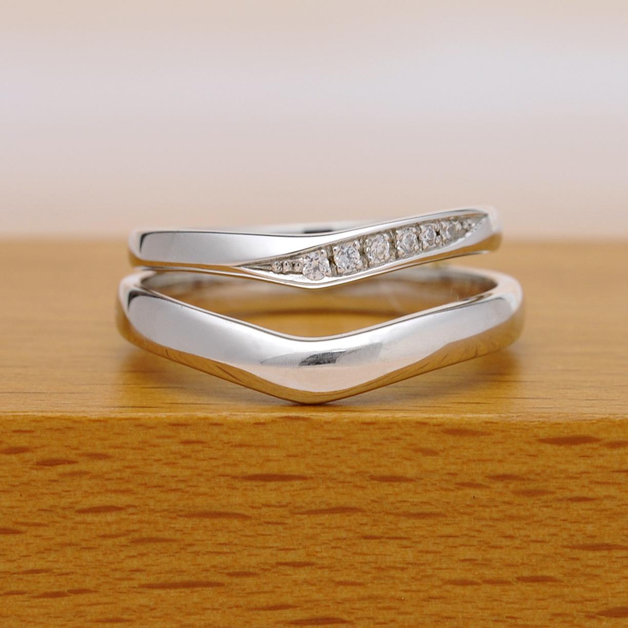 結婚指輪ペア  Pt  レディースはH&Cカットのダイヤで作った引っ掛かりの少ない精巧な作りの高級な指輪, MpNJ15LhM