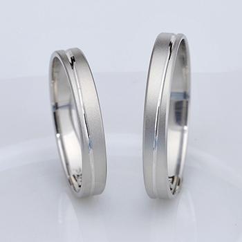 【True Love】結婚指輪ペア  リーズナブルなプラチナ製(Pt900)リング  キズや変形に強い鍛造 MpTLP272