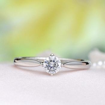 婚約指輪   リングのフレームと爪が一体感のあるシンプルでおしゃれな指輪 高級ダイアモンド0.25ct F,VS2,3EX,H&C、EQSK41-25FF1