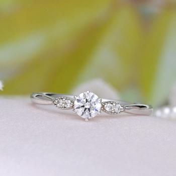 婚約指輪   プラチナ製高品質ダイヤモンドリング 繊細なミル打ちデザインの上品な指輪 0.2ct,F,VS2,3EX,H&C