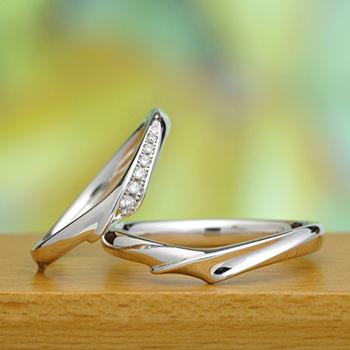 結婚指輪ペア  Pt  最高の着け心地、 女性用はダイヤの爪の引っ掛かりがなく、最高カットH&Cダイヤの高級品 MpS101h