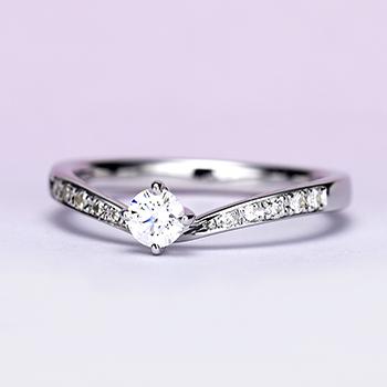 婚約指輪【Gisele ジセル 約束】Pt950H:ハードプラチナ  誓いの日、やっと出会えた運命の人とふたりだけの約束を交わす。0.20ct,D,VS2,3EX,H&C