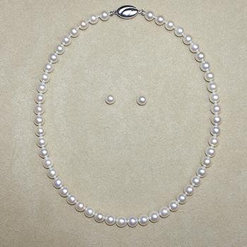 真珠ネックレス+イヤリング(ピアス)セット7.5〜8.0mm