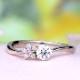 【特別価格】【可憐 Karen】ピンクダイヤとH&Cメレダイヤ使用、個性的な5枚の花弁のお花のデサイン 婚約指輪 EJTR23Aph-25FF1