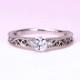 婚約指輪  プラチナ  アンティーク調の透かし模様とミル打ちデザインのダイヤモンドリング