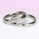 結婚指輪ペア Pt お洒落なストレートデザイン【H&Cダイア】女性用はダイアの部分が滑らかで引っかかりが少ないので長年使用する結婚指輪に相応しい MpO13DBhO13