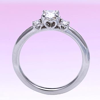 【 ハートの透かし模様がかわいい】0.30ct,D,VS2,3EX,H&C 高級ダイヤモンドリング 大きめのH&Cメレーダイヤ入り プラチナ婚約指輪製
