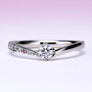 婚約指輪【ハート型の爪が個性的なV字】のダイヤモンドリング 【天然ピンクダイアとH&Cメレーダイヤの高級タイプ】ES1NZKph-20DF1