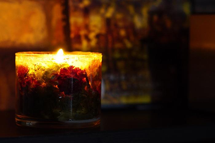 【4/28から5/16着不可】【受注生産品】お花のジュエルキャンドル「香る灯り」オールハンドメイドろうそく 日常の疲れを癒してくれるアロマキャンドル【代引き不可】