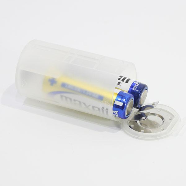 【アウトレット】  単3×2→単1変換スペーサー(単3電池2個を使って単1電池として使うことができます。)