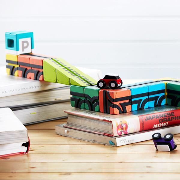 【ポイント10倍】QBI(キュービーアイ) BASIC プログラミング的思考を育てる磁石ブロック知育玩具 23ピース・車2台入り