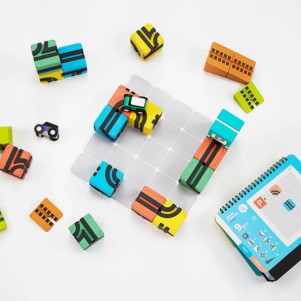 【ポイント10倍】QBI(キュービーアイ) PLUS プログラミング的思考を育てる磁石ブロック知育玩具