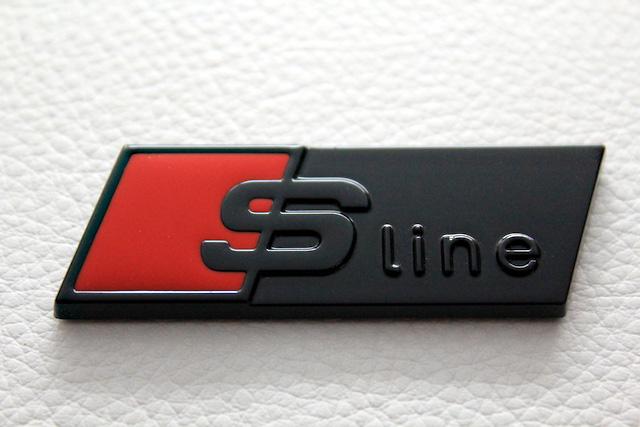 Slineルック Rectangularエンブレム・ブラック