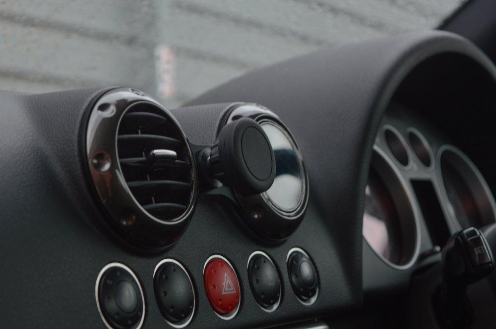 Audi TT(8N) スマートフォン マウント・クレードル