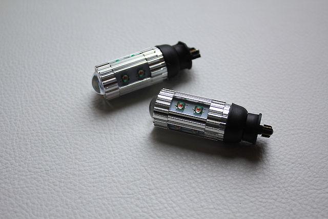 PWY24W LEDフロントウィンカー (Retrofitlab製)