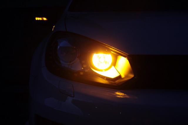 PSY24W LED フロントウィンカーバルブ
