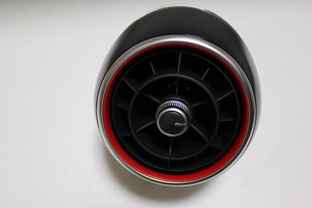 Audi純正 S1 エアベント ブラック(4pc)