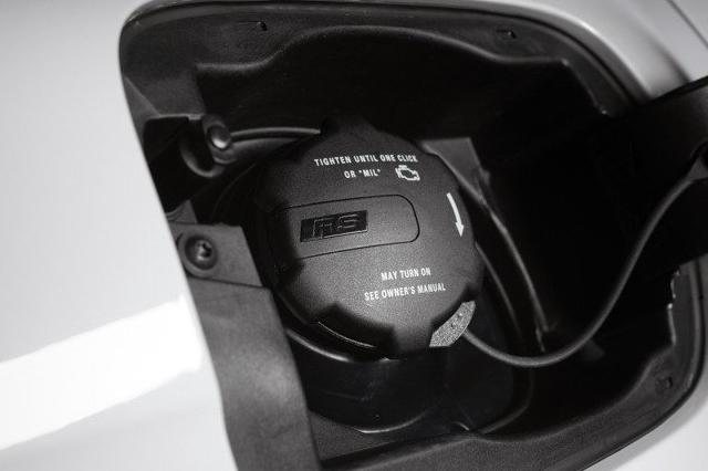 Audi RS純正 フューエルキャップ GOLF7系