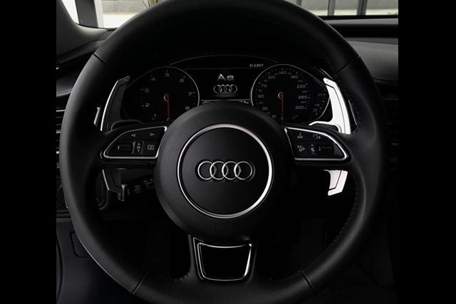 【セール】Leyo Motorsport Audi パドルシフター・ブラック ver1.