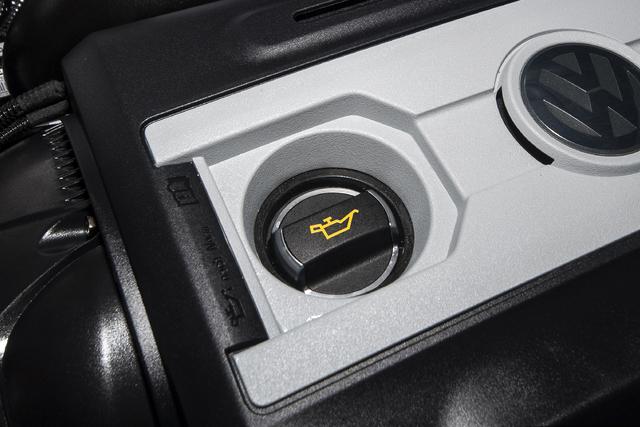 Porsche 911純正 オイルフィラーキャップ