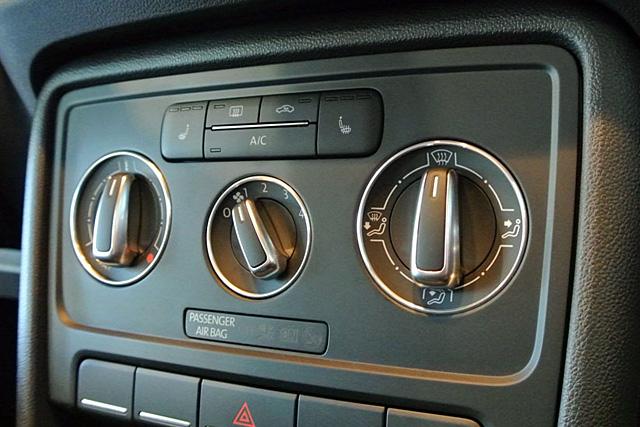 【SALE】VW The Beetle エアコンダイヤル アルミリング