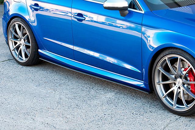 FLOW DESIGNS Audi RS3SB(8V) サイドスプリッター