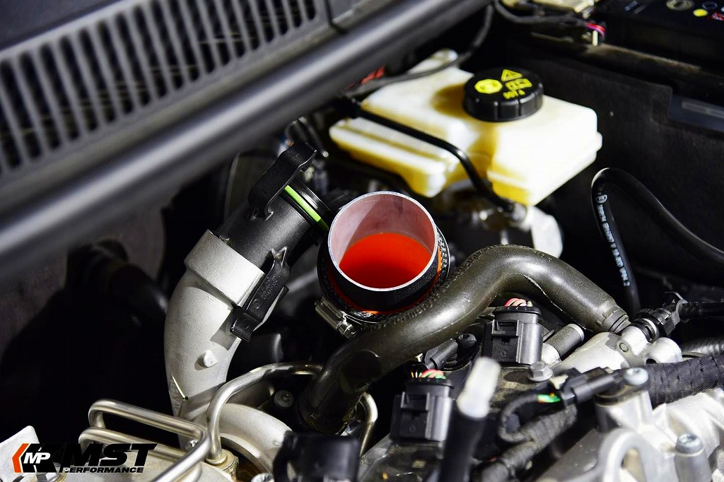 VW GOLF7/Audi A3 1.2/1.4T ターボインテークパイプ - MST Performance
