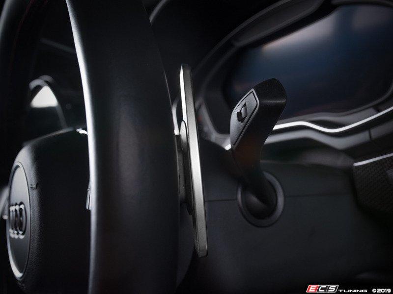 ECS アウディ A4 /A5 (B9) アルミ調 パドルシフター
