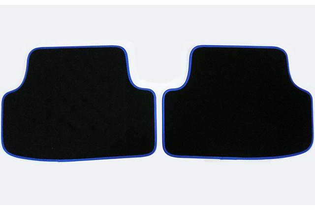 GOLF7 R フロアマット 4pc(ブルーパイプ) ラグジュアリー