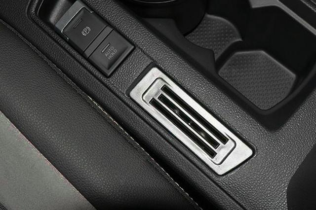 VW T-ROC チケット・カードホルダー