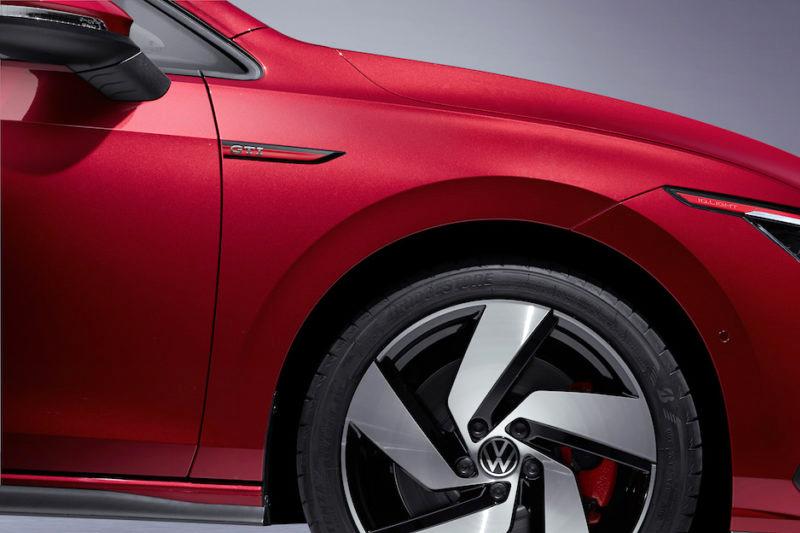 VW GOLF8 GTI サイドエンブレム