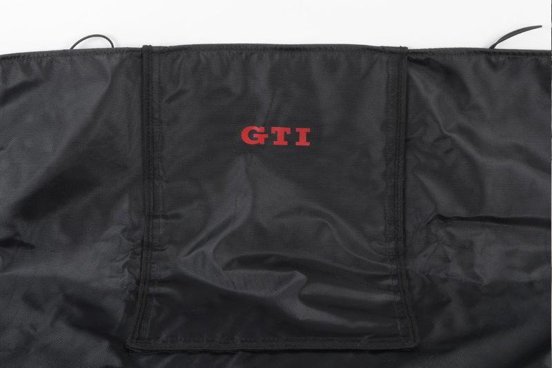 VW US純正 GOLF7 リアシート カバー・GTIロゴ