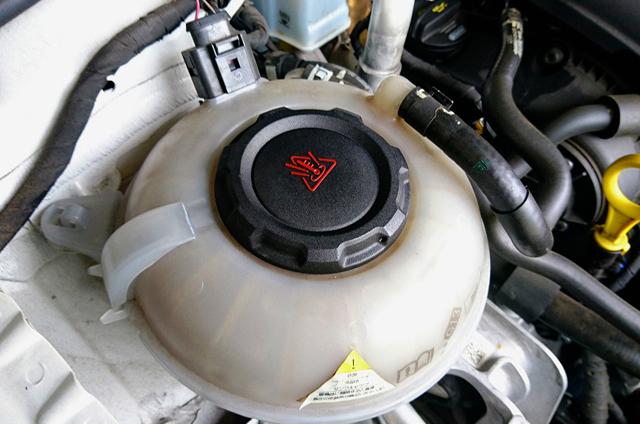 VW純正 クーラントタンクキャップ・サテンブラック